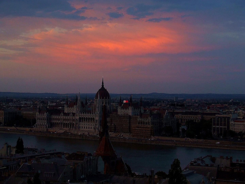 Abendstimmung über Budapest