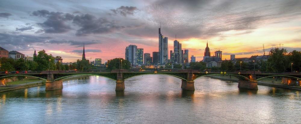Abendstimmung über Frankfurt
