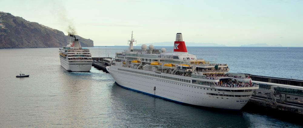 Abfahrt in Funchal ( Fred Olsen Cruises Lines)