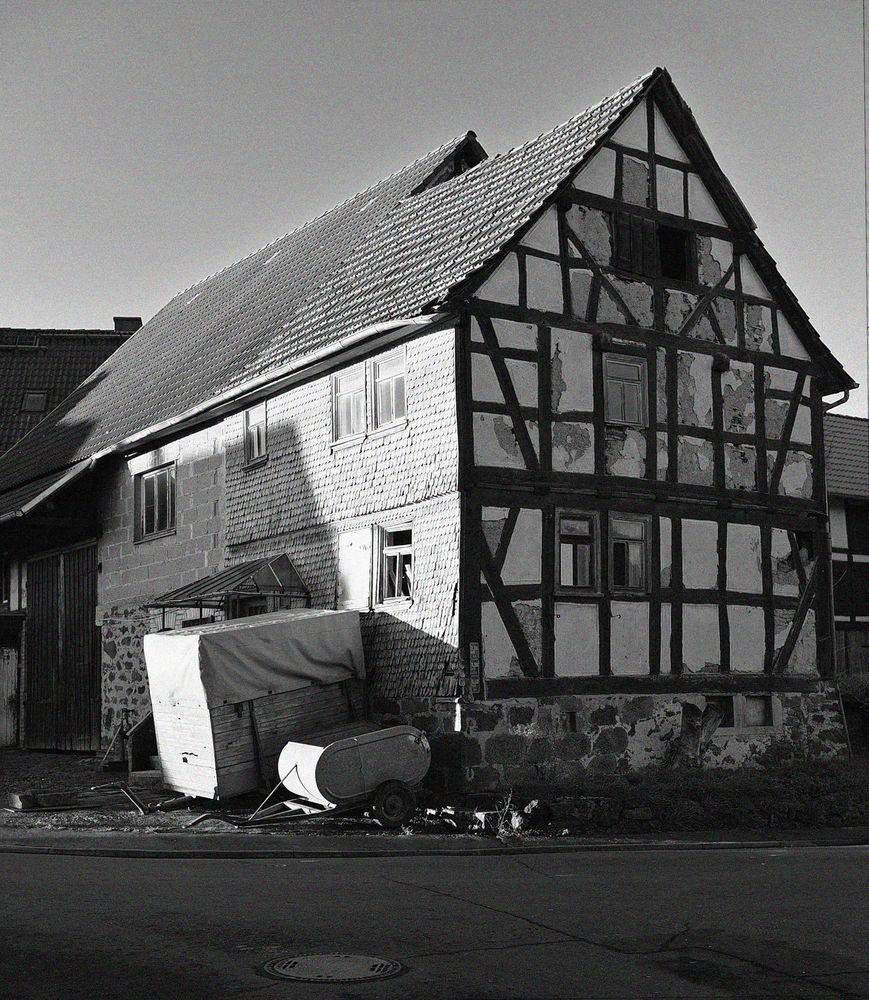 Abrissreifes Fachwerkhaus