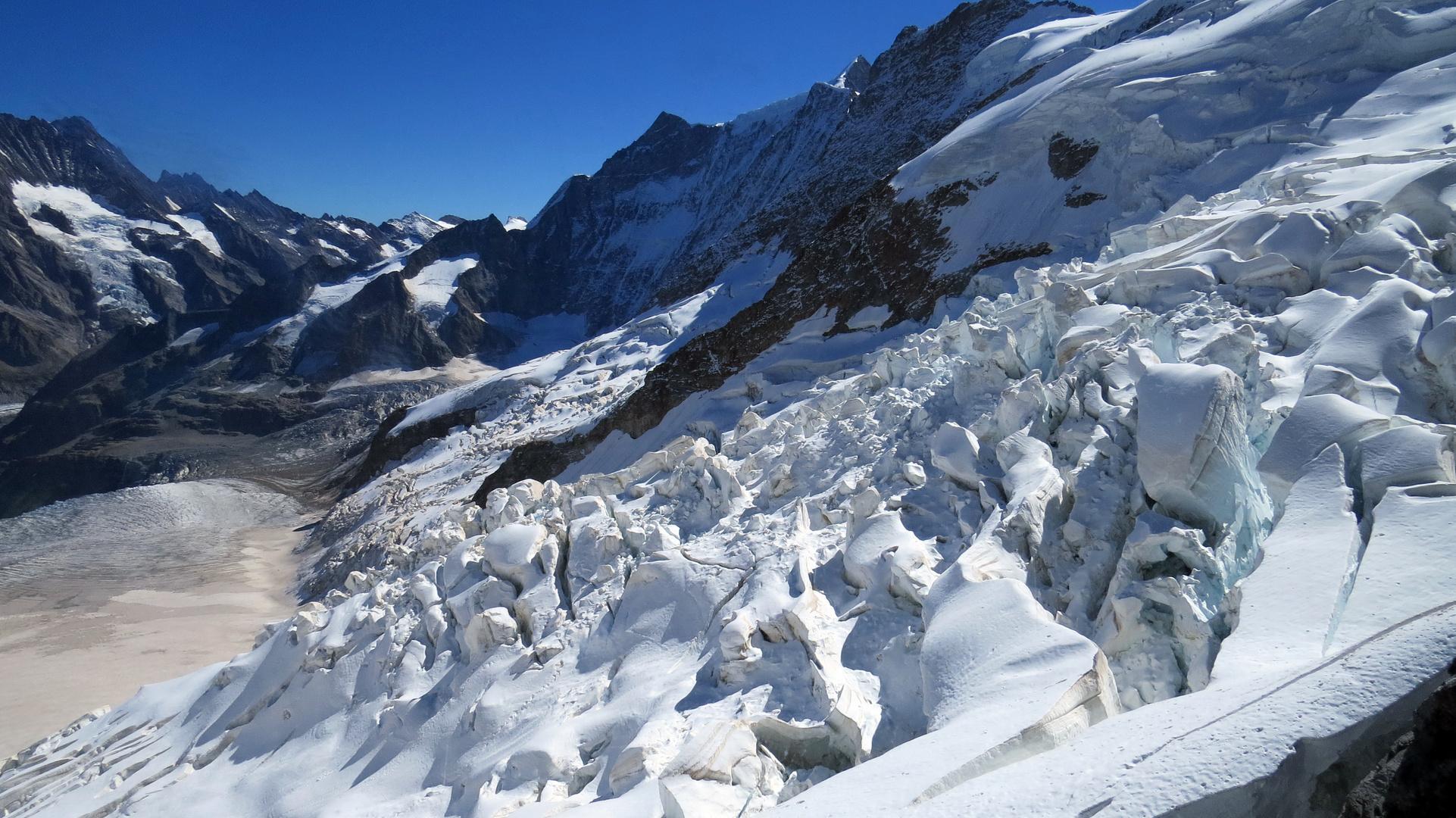 Abruch auf dem Aletschgletscher