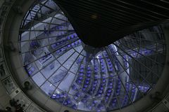 Abstract- Reichstag 4