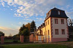 Abtei Rommersdorf im Herbstlicht