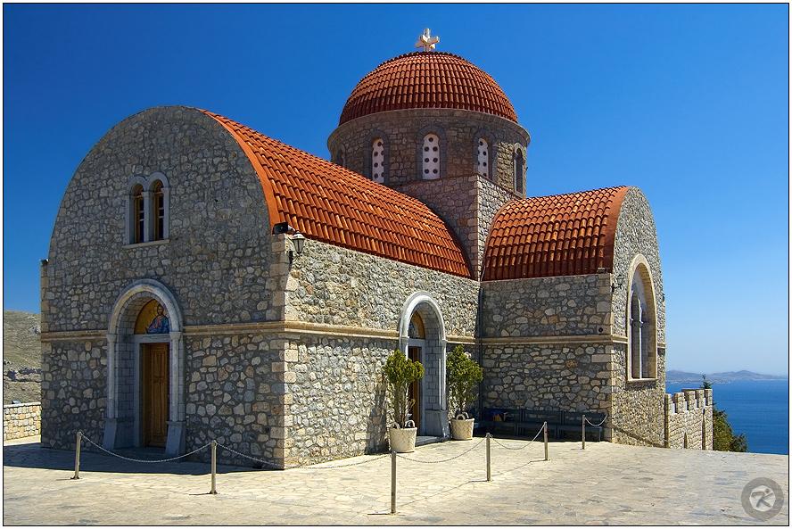 < Abtei über Kalymnos >