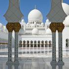 Abu Dhabi Besuch der grossen Moschee 2