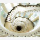 Abwärtsspirale in Pastelltönen