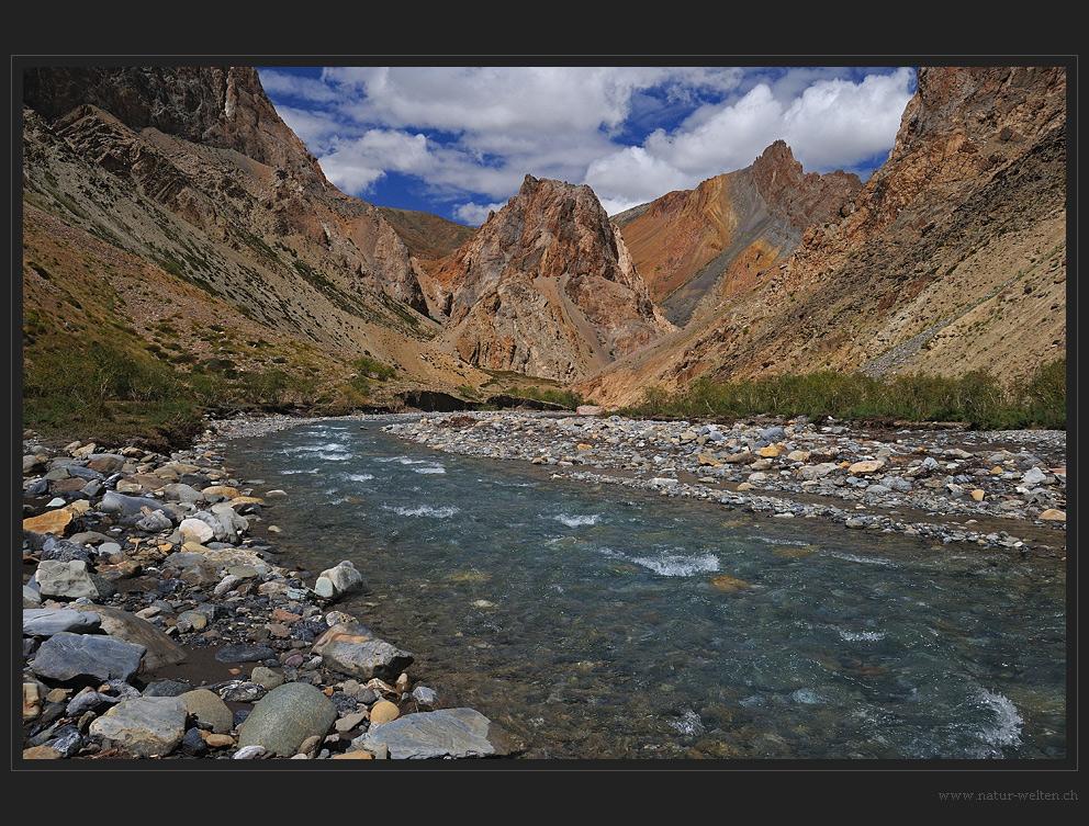 Abwechslungsreiche Flusswanderung