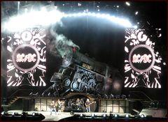 AC/DC Der Rock`n Roll Train rollt...