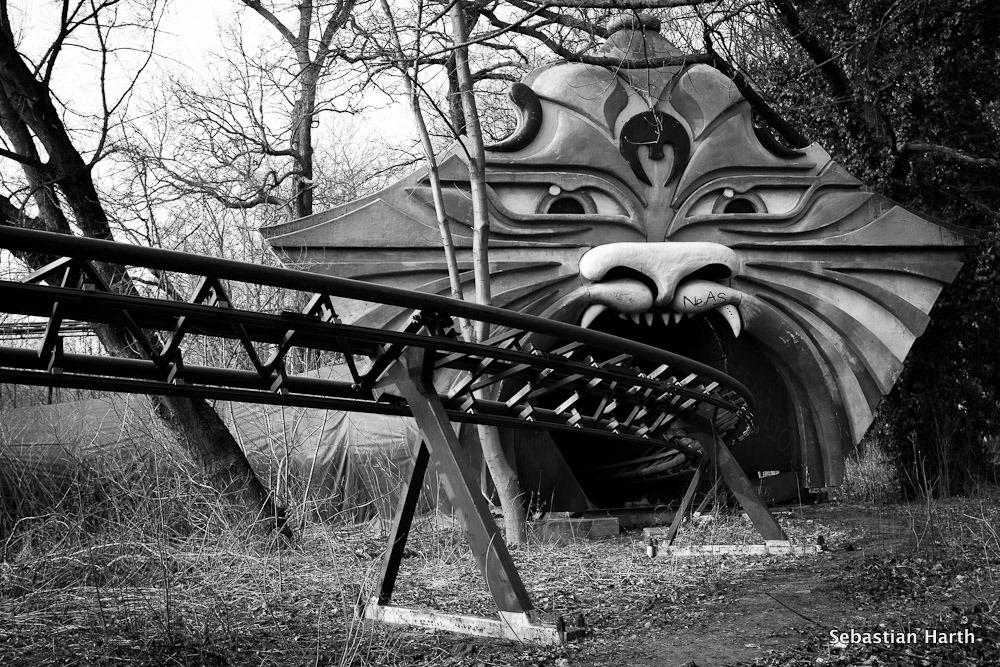 Achterbahn im Spreepark Berlin II