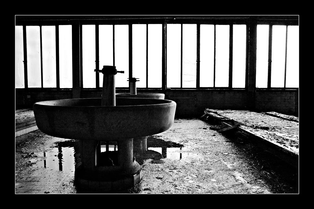 aciérie lavabos