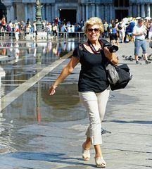 ...acqua alta in Piazza San Marco...