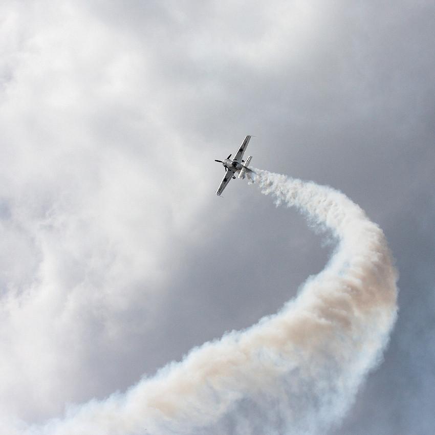 Acrobatic flights