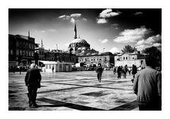 Ad Istanbul - (in copertina)