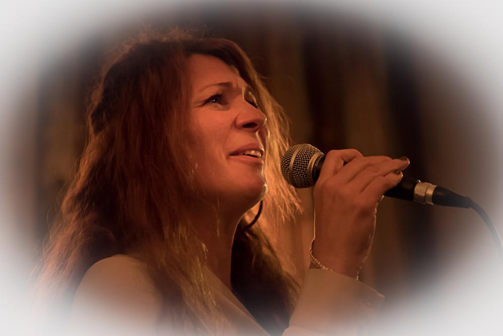 Ada Morghe (2)