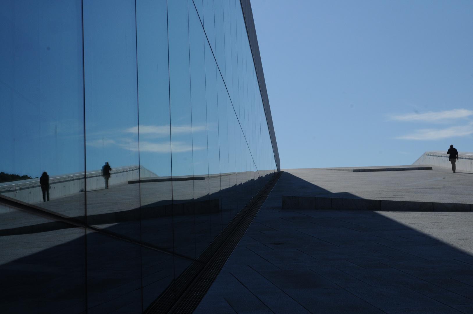 Adagio specchiato ad Oslo