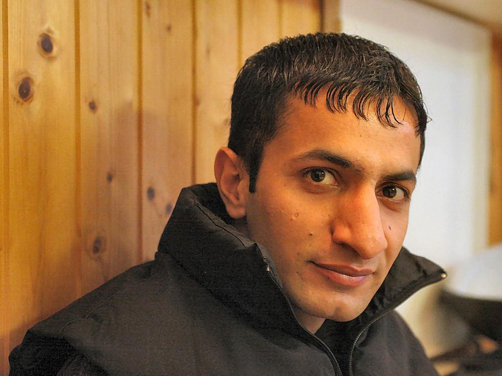 Adeel aus Pakistan