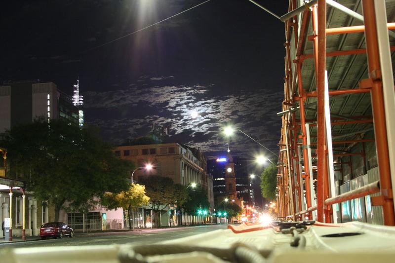 Adelaide bei Nacht