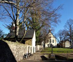 Adelheidis - Brunnen / Kapelle / Kirche