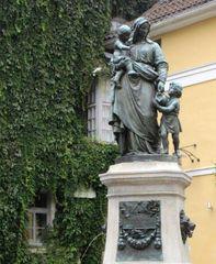 Adolf Donndorf Weimar 1895 Mutterliebe