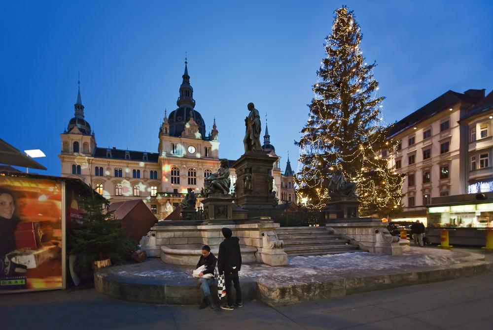 Adventsstimmung auf dem Grazer Hauptplatz!