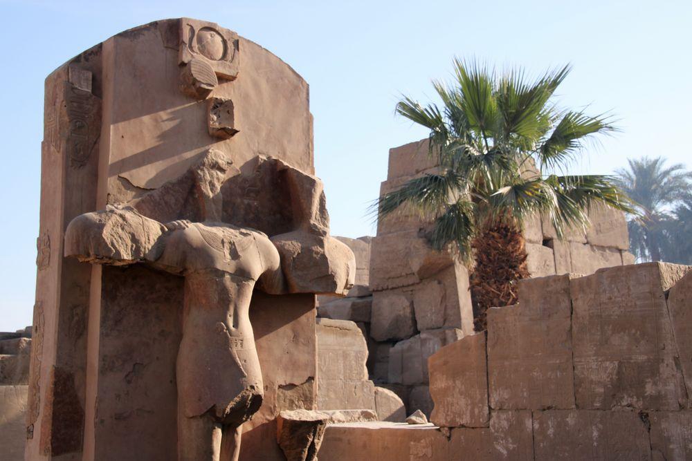 Ägyten Luxor Statue E-87