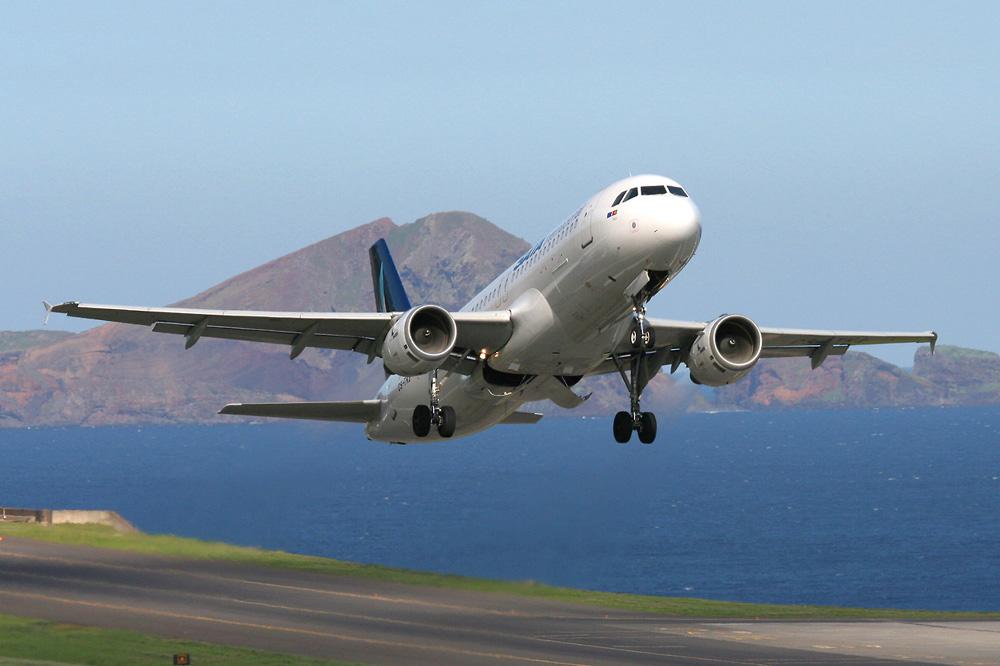 Aeropuerto Internacional de Madeira Funchal