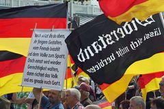 AFD Kundgebung und Gegendemo in Warnemünde (4)