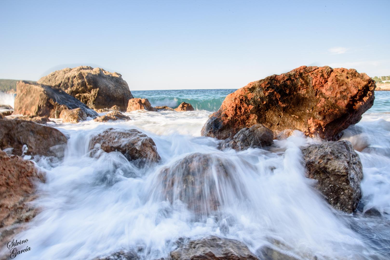 Agua y piedras