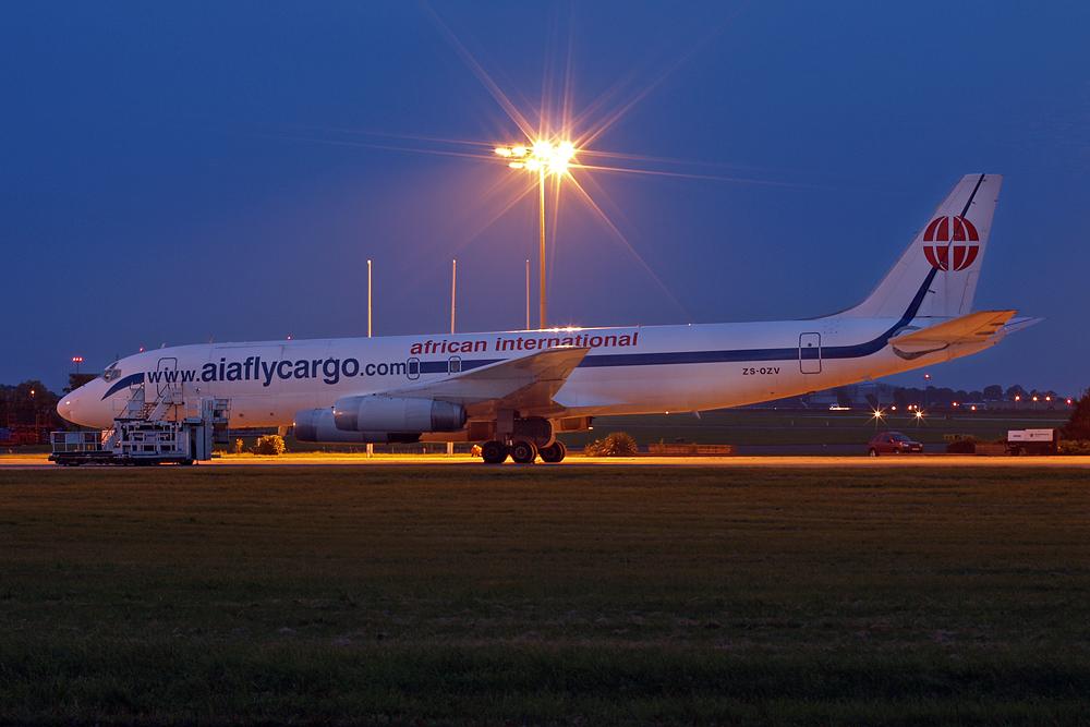aiaflycargo DC-8