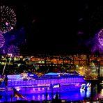 AIDA Feuerwerk lila lila