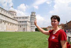 AIDAdiva in Pisa