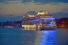 AIDAstella bei den Hamburg Cruise Days