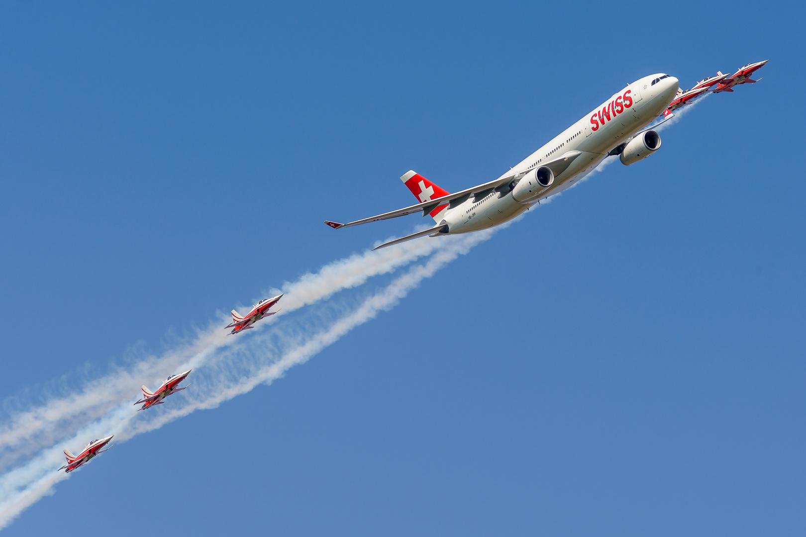 Air-14 01