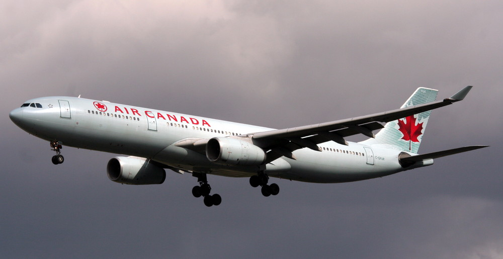 Air Canada C-GFUR