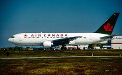 Air Canada Flug 143