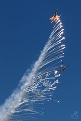 AIR14 - F18 Hornet und Helicopter Super-Puma