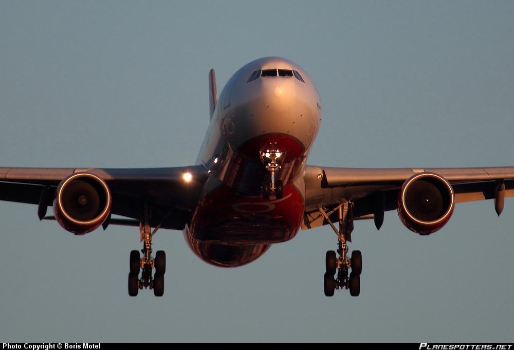 Airbus A-330-322 Air Berlin *A333*