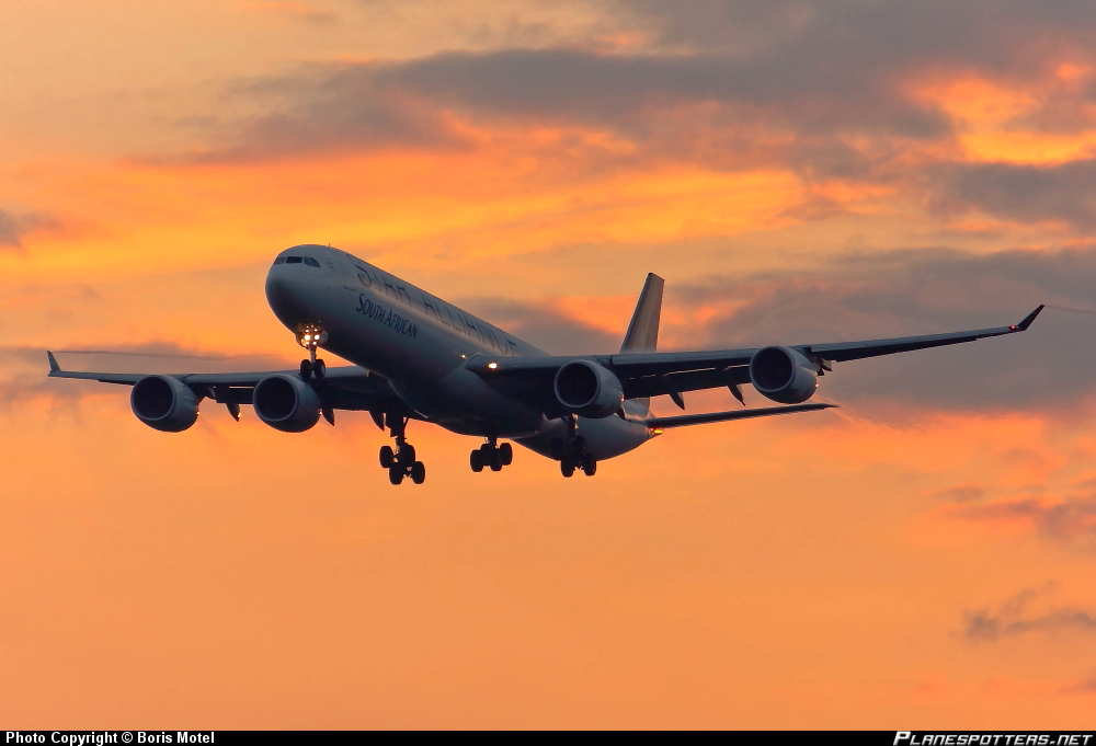 Airbus A-340-642 South African Airways *Star Alliance*