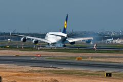 Airbus A380 - 800 (Johannesburg) der Lufthansa (3)