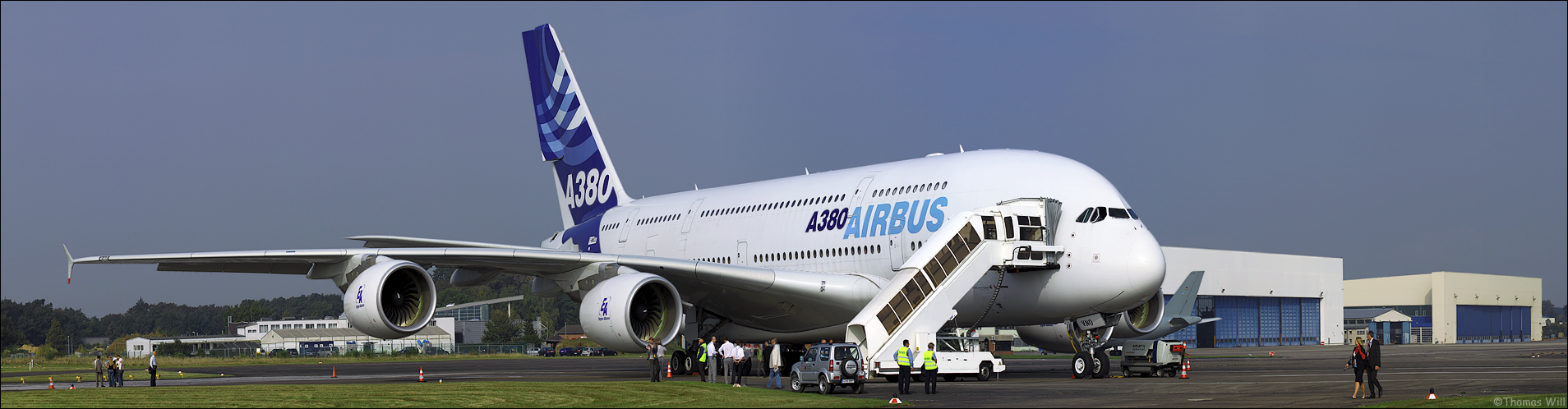[  Airbus A380 Panorama  ]