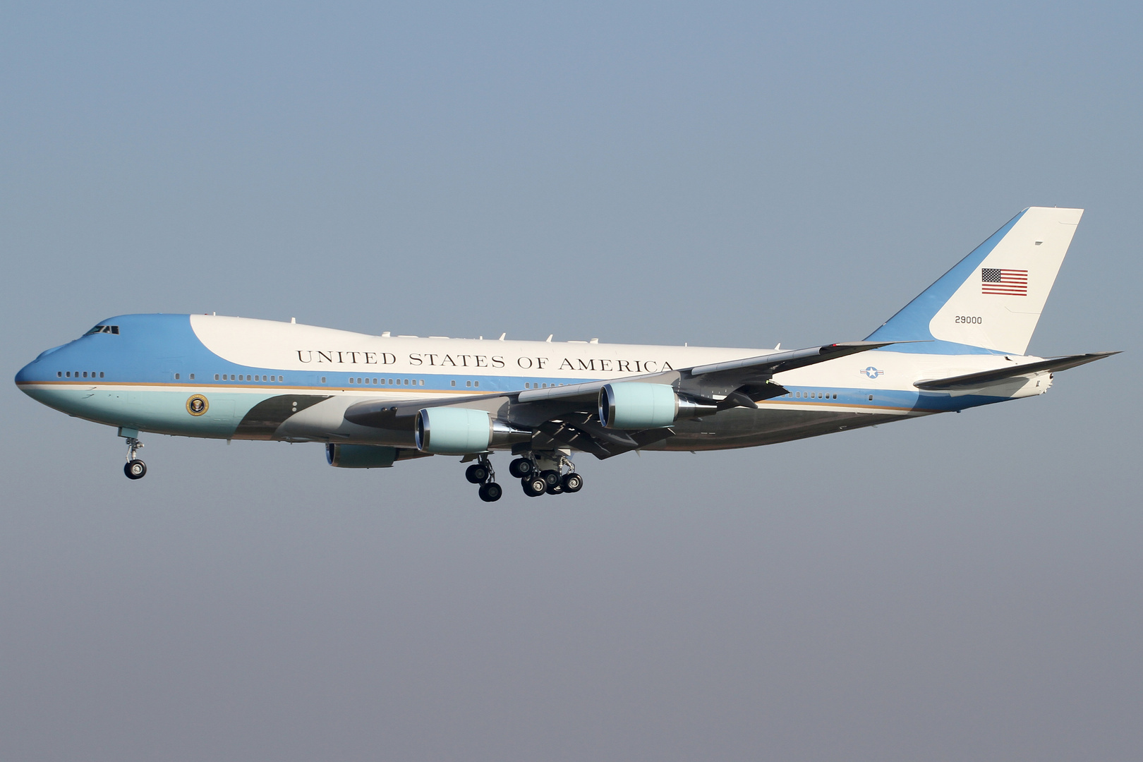 Airforce One- Cleared to land Runway 24!