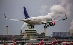 Airplane Stalking