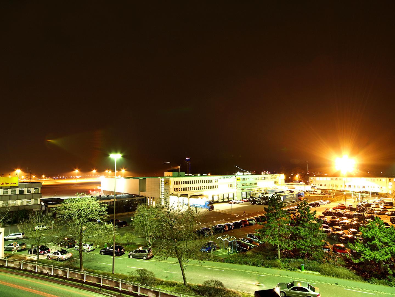 Airport am 25. Februar - 4