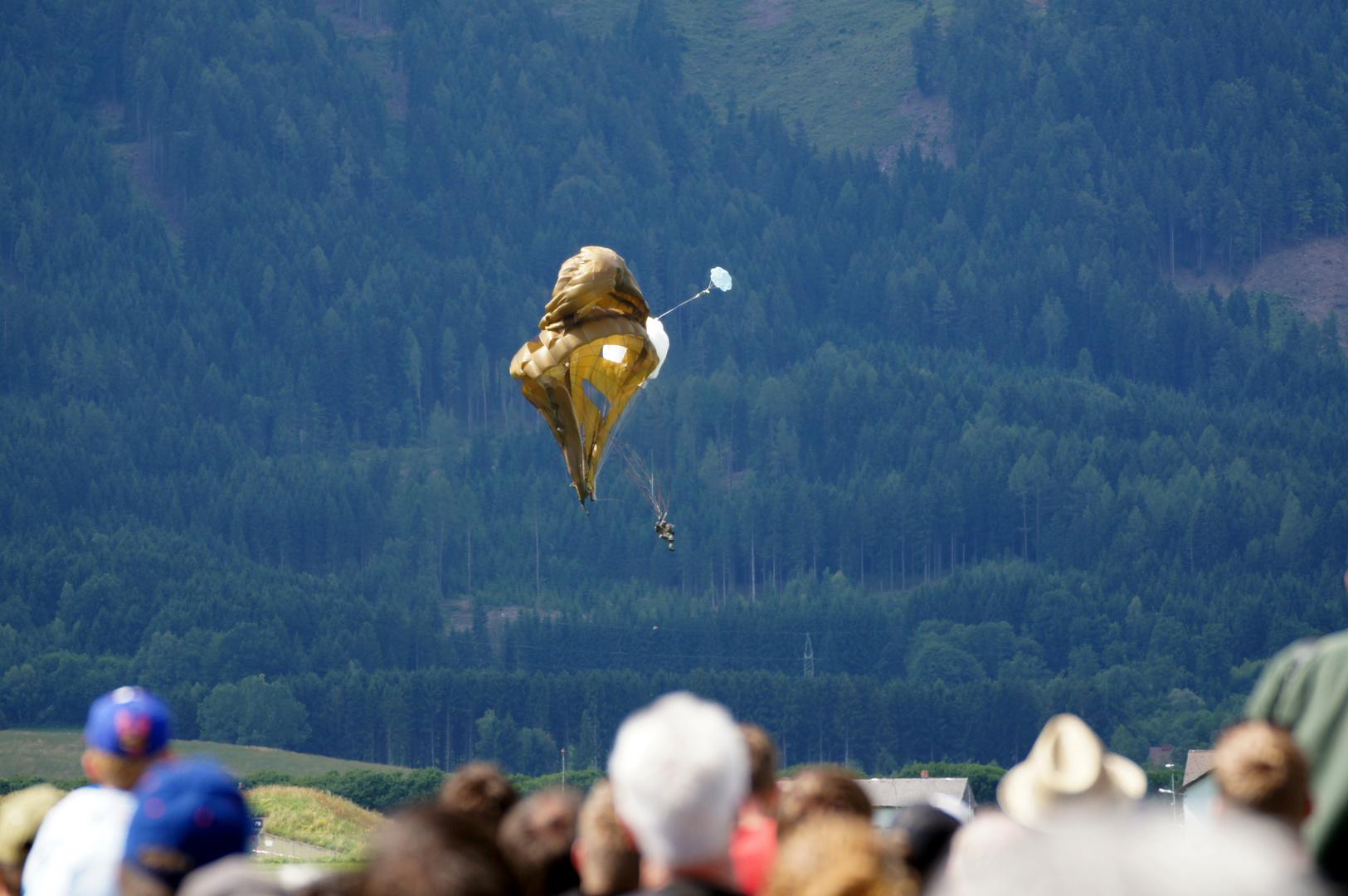 Unfall Fallschirmspringer