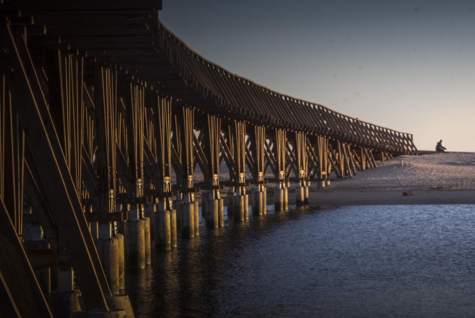 Al final del puente, alguien encontró la luz