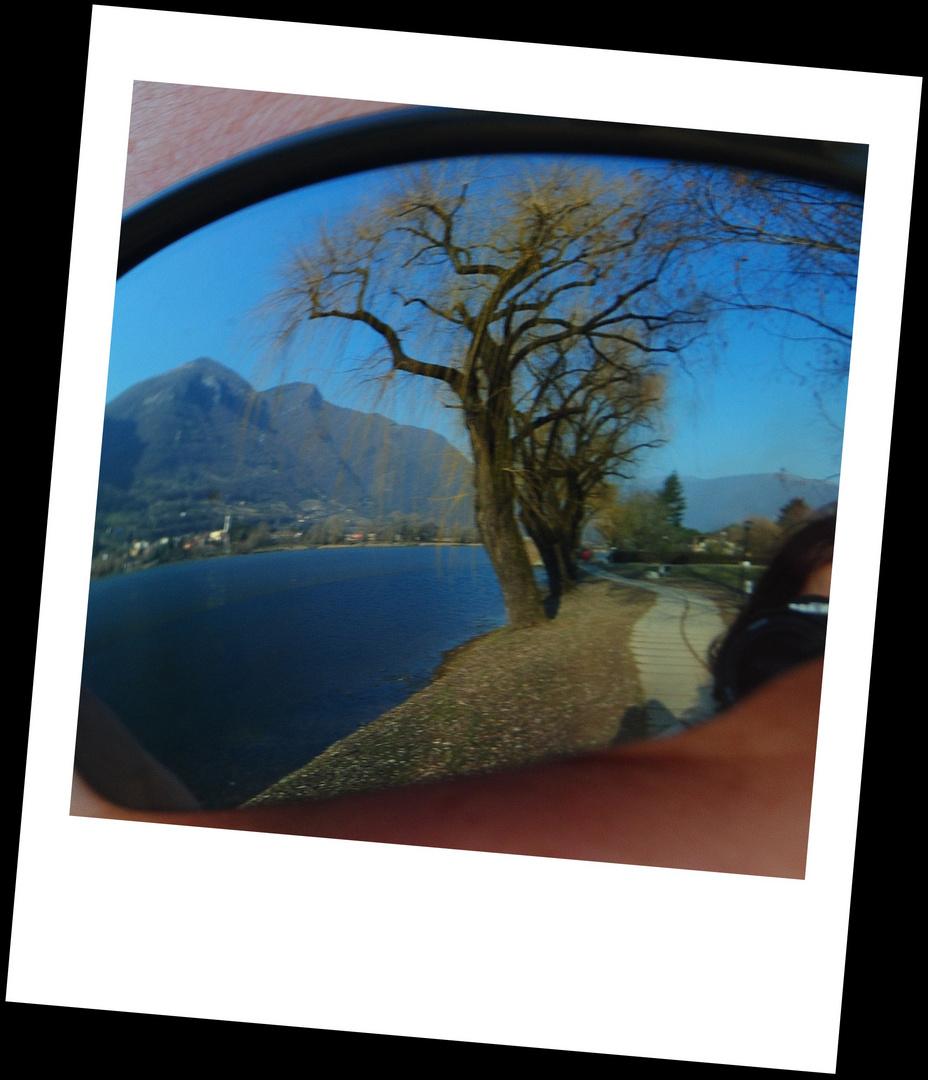 ...al lago...