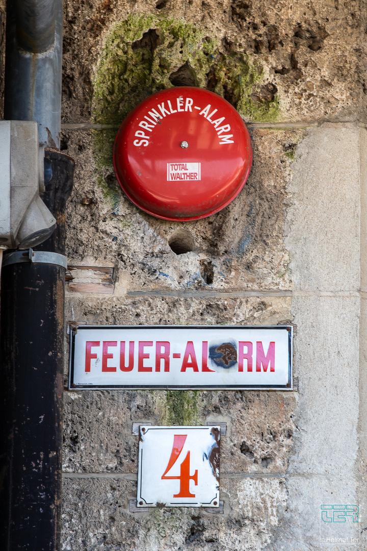 Alarm-Glocke 4