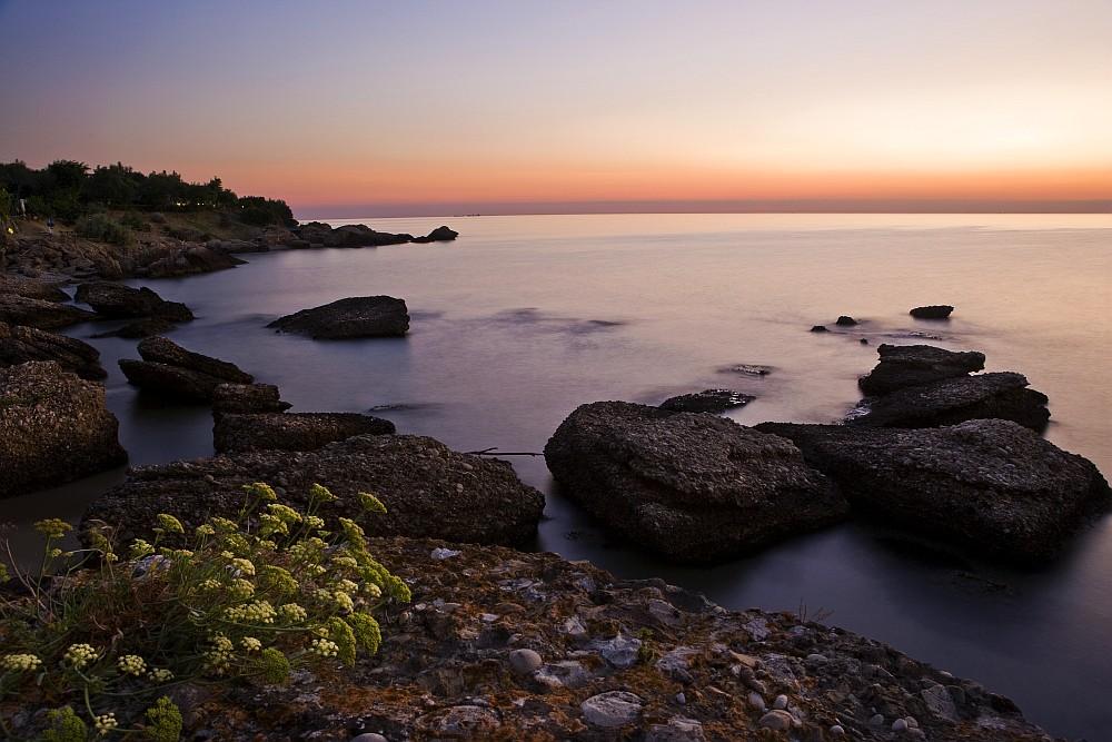 alba sulla costa
