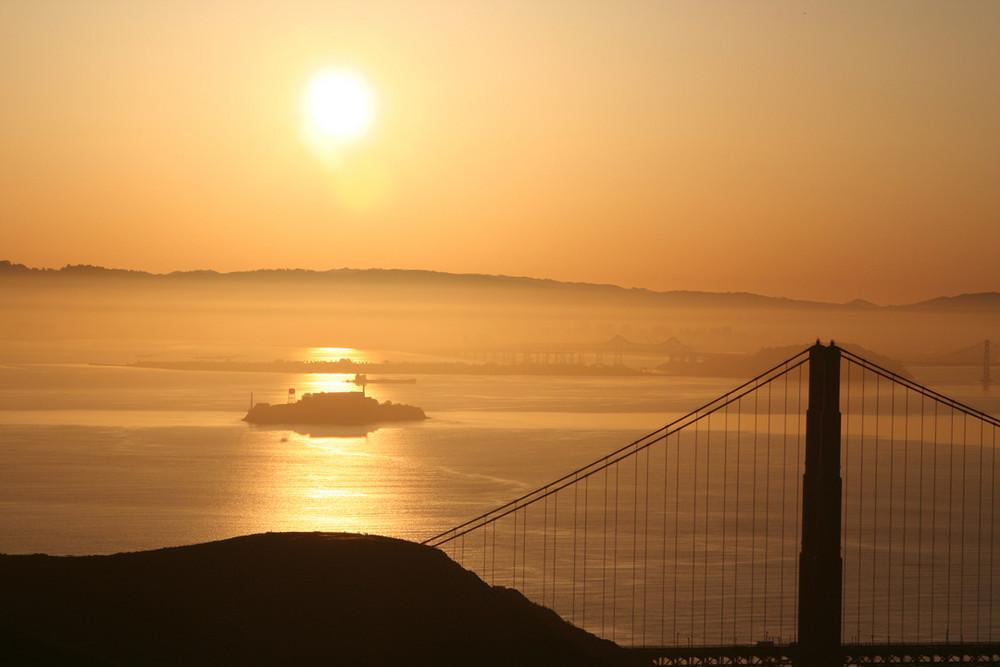 alcatraz in the morning