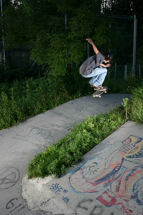 Alex, Blindside Kickflip transfer